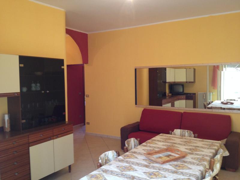 Appartamento casa vacanze per relax nel salento, vacation rental in Serrano