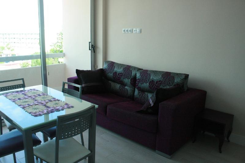 Apartment in Bronze Playa Hotel completely new, holiday rental in Playa del Ingles