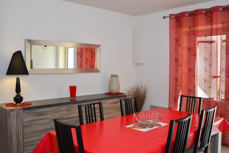 Villa Provencale - 10km d'Avignon - 3 Clés - 110m², vacation rental in Aramon