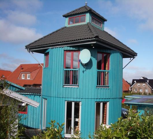 Ferienhaus Leuchtturm mit Sauna und Whirlpool, location de vacances à Grossheide