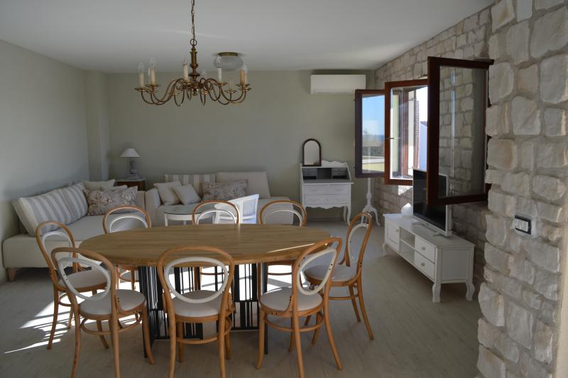 Salvia 4 stars apartment for five people, vacation rental in Porec
