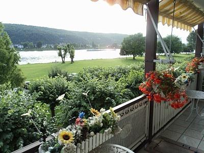 Ferienappartements in Bad Hönningen mit Rheinblick, holiday rental in Bad Hönningen