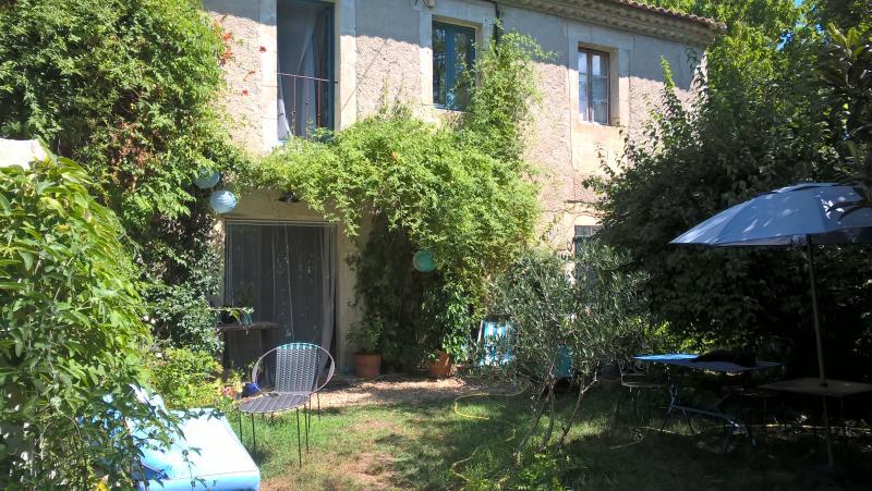 Maison de charme en Provence 4 places, vacation rental in Aramon