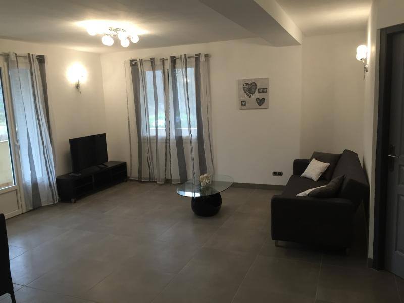 appartement  a la nuit, holiday rental in Vienne