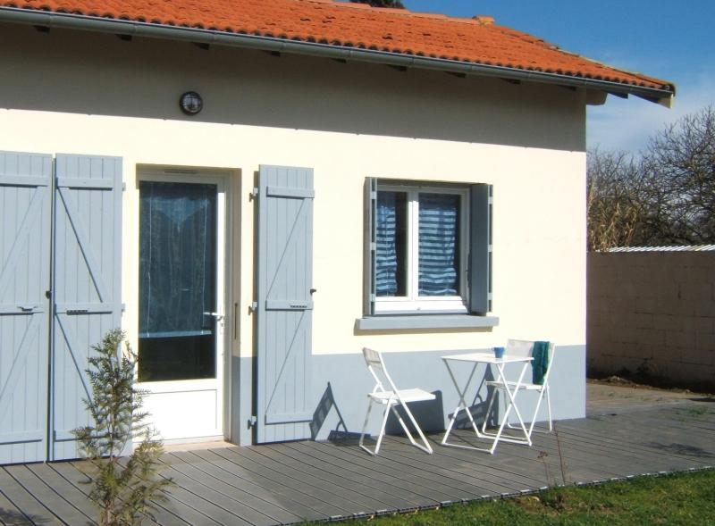 Le Clos Albertine 'Chambre Marine', holiday rental in Deyme