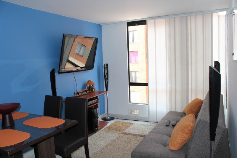 Apartamento Amoblado Por Dias Cerca Aeropuerto, holiday rental in Tena