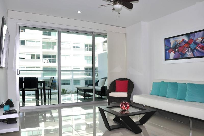 Front Beach Appartment - Morros ultra, holiday rental in La Boquilla