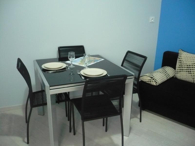 House rental 34m2 All renovated in 2013 For 4 p, location de vacances à La Faute sur Mer