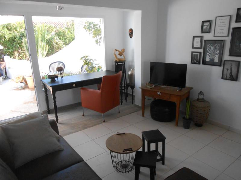 casa en residencial con piscina comunitaria, holiday rental in Calpe