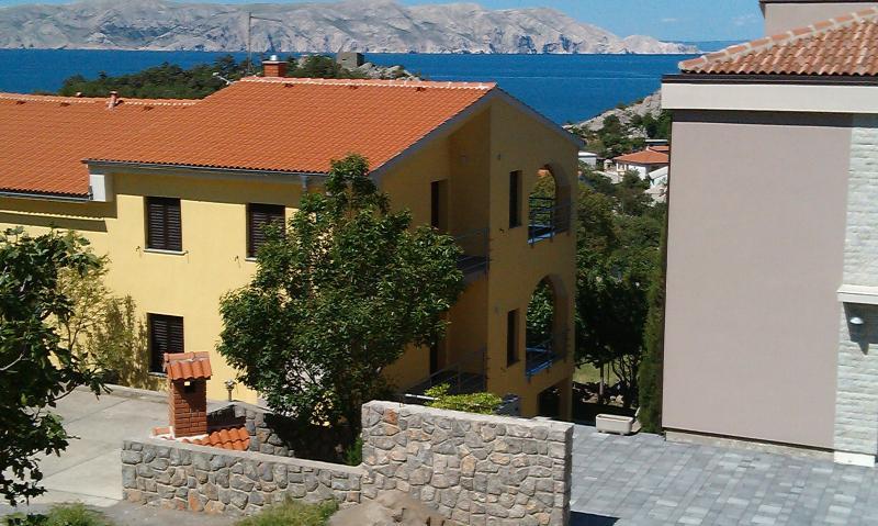 Huis, appartement, uitzicht, tuin, zwembad, trampoline, stranden, panorama