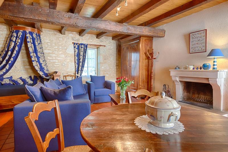 Gite de la Gravee Vendée, vacation rental in Coulonges sur l'Autize