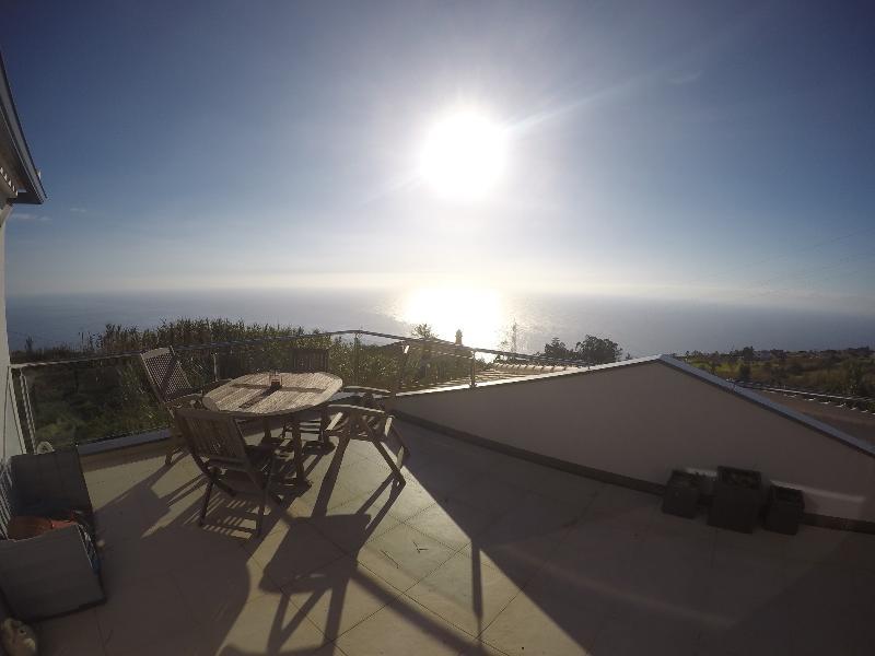 Tropical Villa, casa vacanza a Prazeres