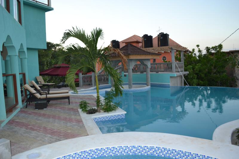 NEGRIL HOTEL LUXURY BOUTIQUE, vacation rental in Negril