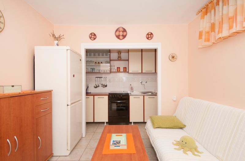 Apartment Ivica with Equipped Kitchen and Sofa Bed