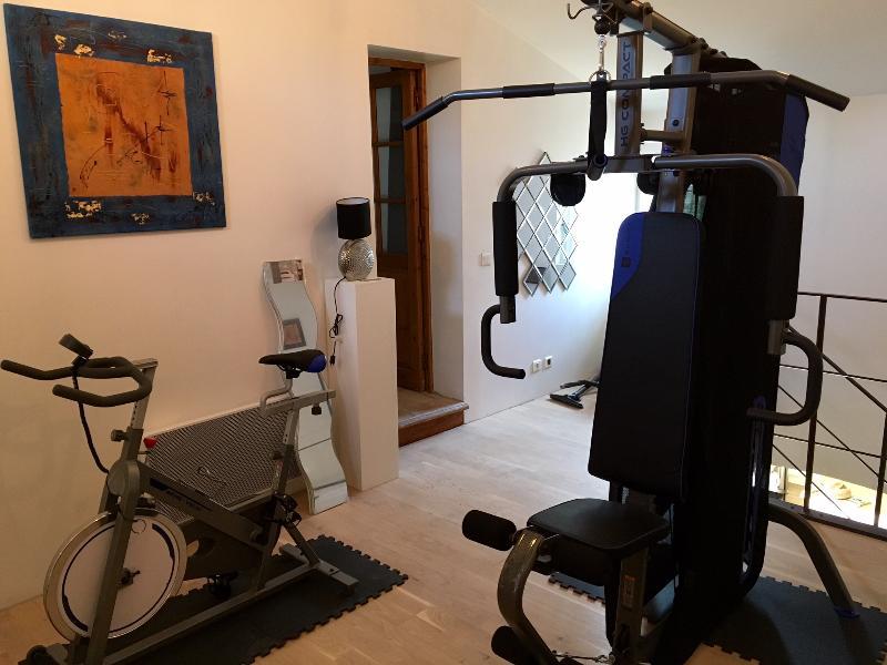 salle de fitness commune