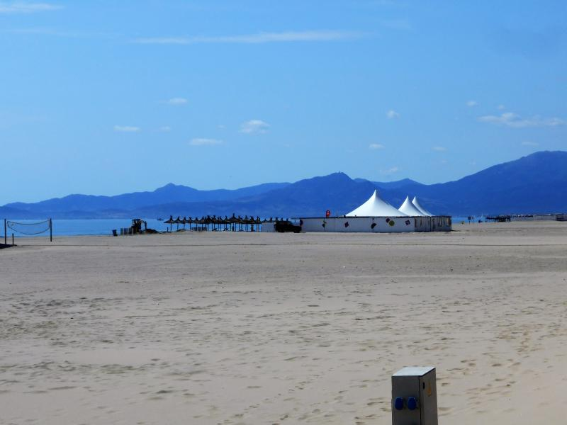 The fine sandy beach at Canet Plage.