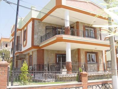 Detached 5 Bed 3 Bathroom Villa with seaview, vacation rental in Sogucak