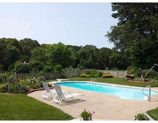 Barnstable Village   Private Pool, holiday rental in Barnstable