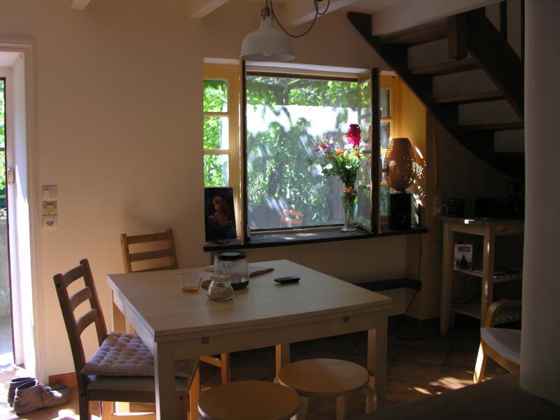 Le gite Ti'ni est une charmante petite maison située au calme en bordure d'un petit hameau