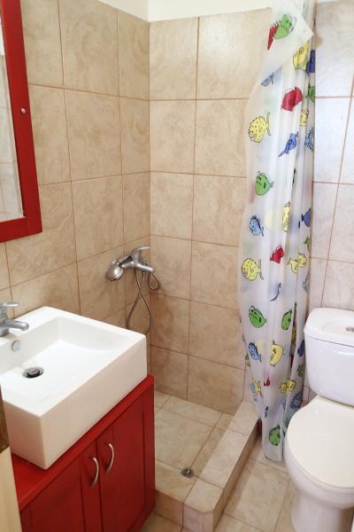 Bathroom2 / Upper floor