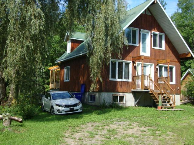 ideal cottage for 4 adults, 2 children. Best for 4 adults childrens And Two