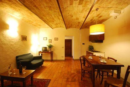 Apartment for 5 people Gimignano - Terzomo, holiday rental in San Gimignano