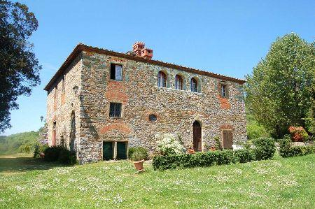 Beautiful farmhouse- Podere Nova, holiday rental in Mercatale Valdarno
