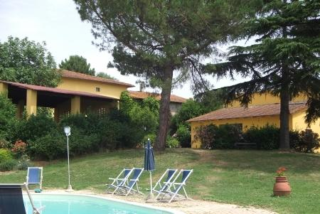 Holiday apartment with pool in Vinci COLONNA 4, vacation rental in Mezzana