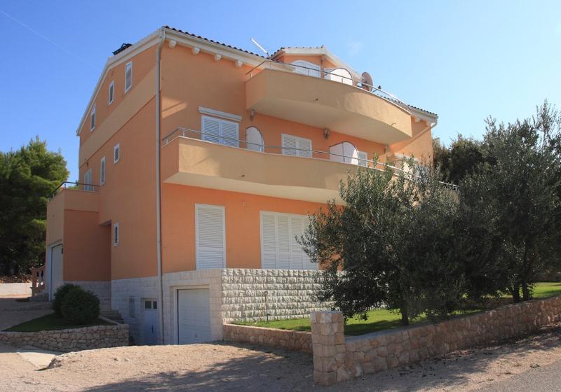 BRODARICA, MODERN AP 2+1, SEA VIEW (A3), vacation rental in Brodarica