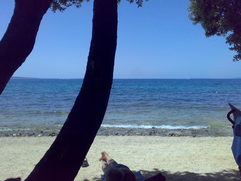 ISLAND PAG (GAJAC), AP 4 p, BEACH 500 M, ZRĆE 2 KM, vacation rental in Gajac