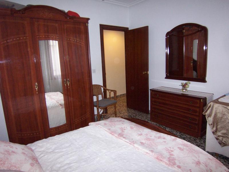 Acogedor y tradicional apartamento en la Rioja, holiday rental in Ausejo