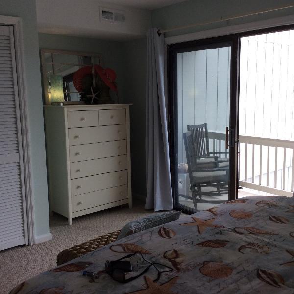 Ocean breezes through bedroom patio door.  King memory mattress with hotel quality bedding.
