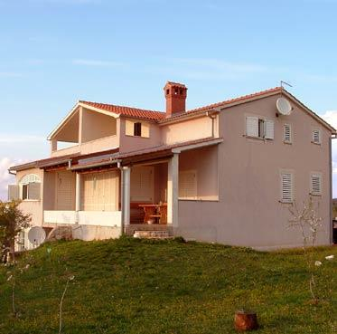Ferienwohnungen JULIJA in Rovinjsko Selo, 4 Personen ,Meerespanorama,WIFI,Klima, vacation rental in Brajkovici