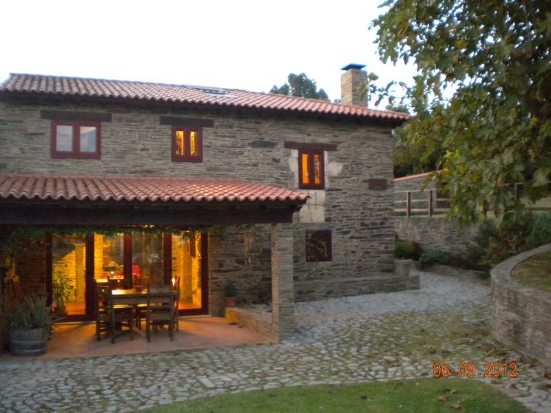 CASUCA DE BROÑO, vacation rental in Valdovino