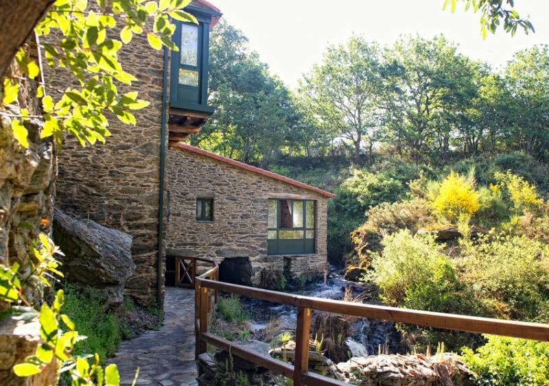 Molino & Spa A Maquía de Medín (Casa-Molino), holiday rental in Santiago de Compostela