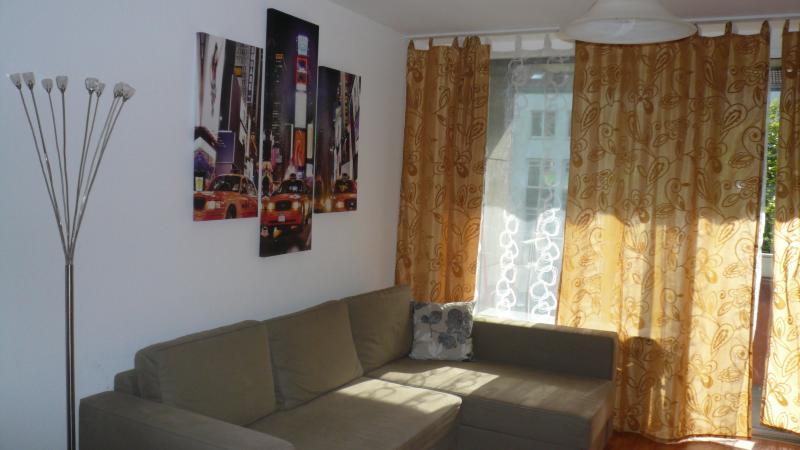 Romantische 2-Zim. Wohnung mit Herz, holiday rental in Offenbach