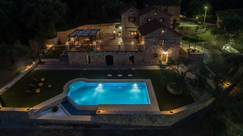 Villa Fabrica at the night.