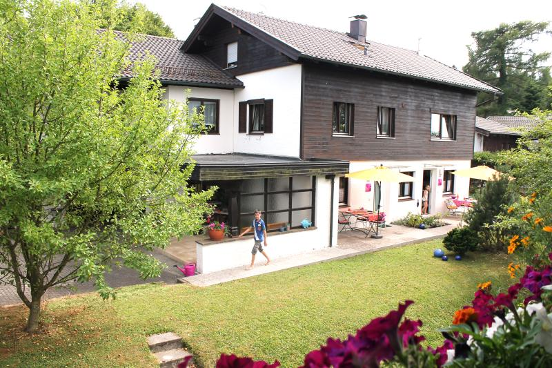 Ferienwohnung Chiemsee Eck 2, holiday rental in Prien am Chiemsee