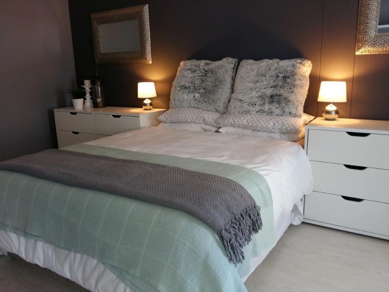 Bay Breeze Apartment, Knysna, vacation rental in Noetzie