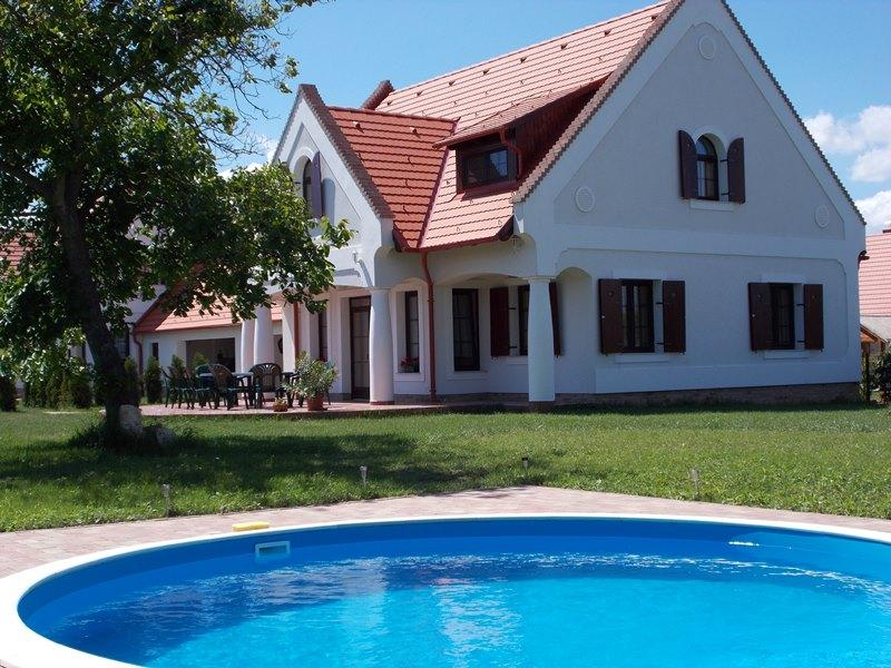 Gasthaus HÉTKANYAR, holiday rental in Szentantalfa