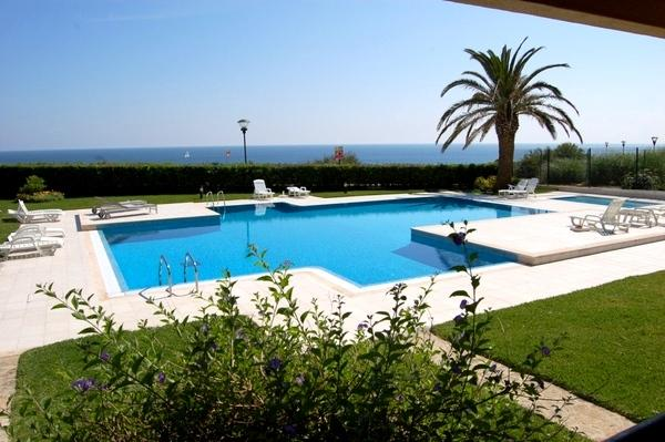 The sea from your bed, casa vacanza a Cascais