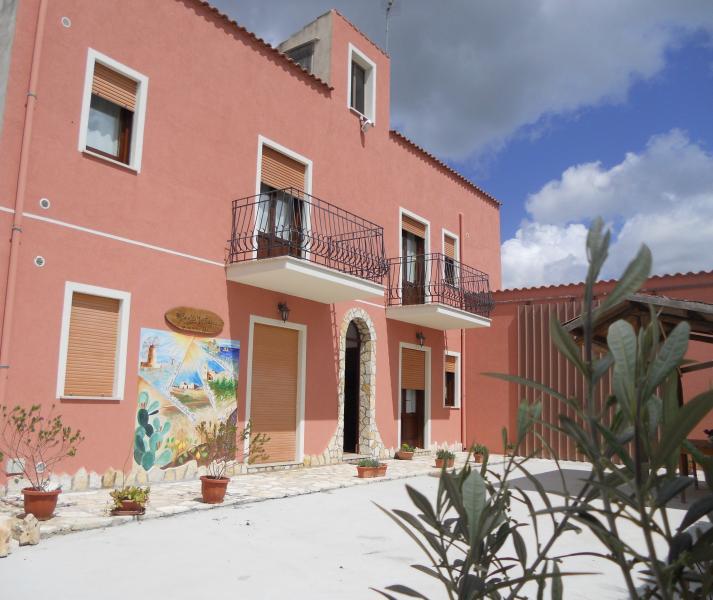 BAGLIO MUSTAZZA - monolocale 1, location de vacances à Fulgatore
