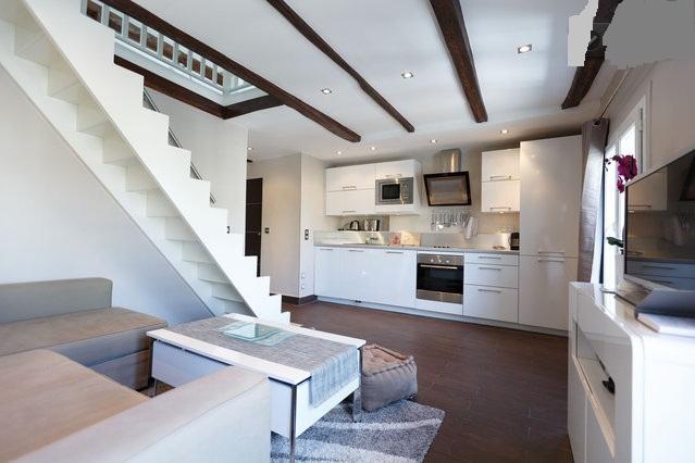 ★Cosy Duplex refait à neuf 5 mn des Champs Elysées, holiday rental in Saint-Denis