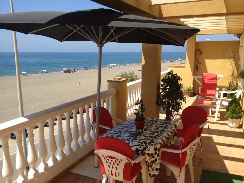 COSTA DEL SOL. ATICO EN LA PLAYA, holiday rental in Valle Niza