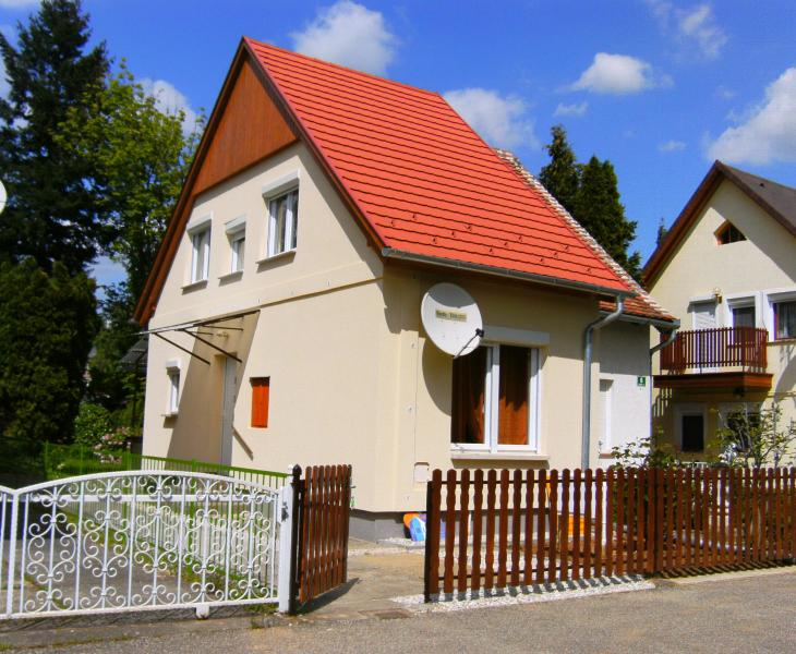 Klimatisiertes FERIENHAUS  Muskatli in Bad Bük, vacation rental in Szakony