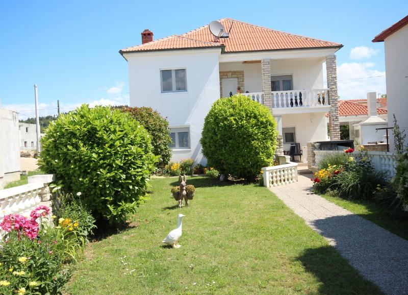 Apartman Maris, holiday rental in Ljubac
