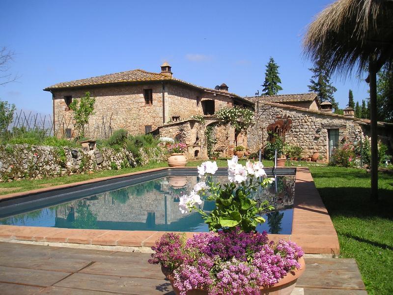 Agriturismo Novelleto, appartamento 3 IL BOSCO, holiday rental in Monteriggioni