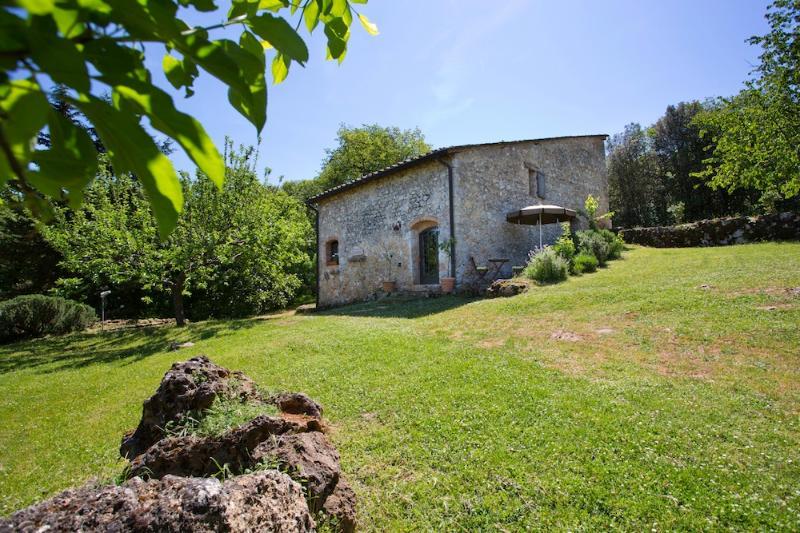 Agriturismo Novelleto, IL CAPANNO., location de vacances à Monteriggioni