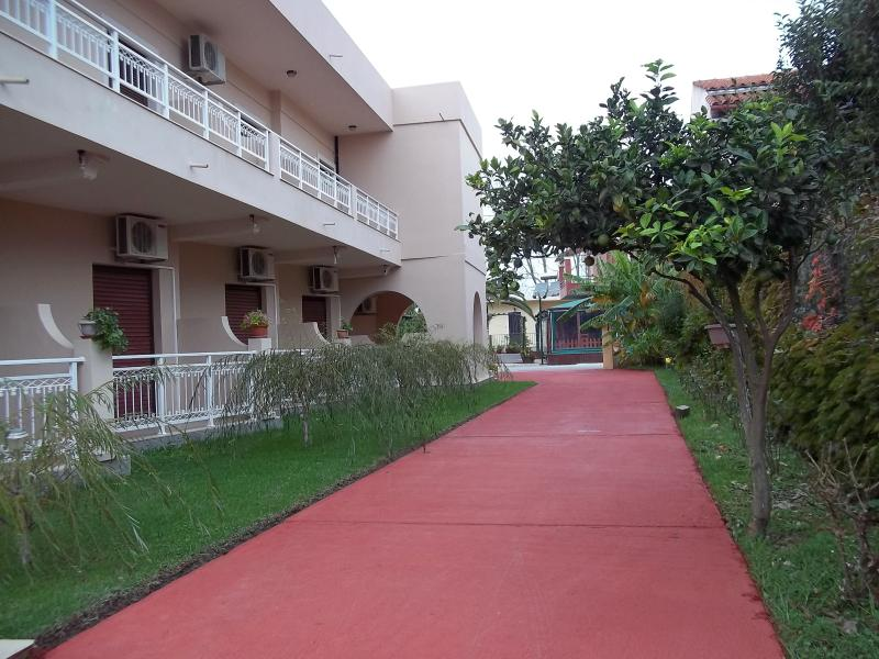 Toulas apartments double studio, holiday rental in Ereikoussa