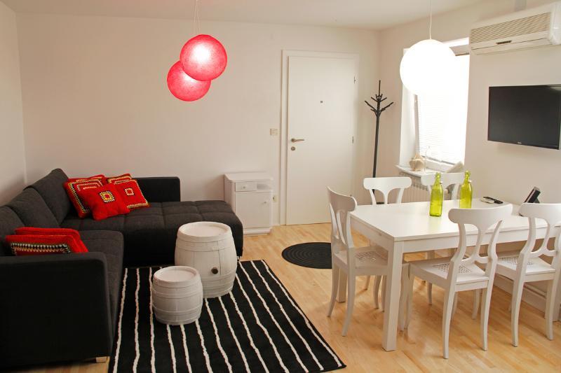 #livingroom #sofa #table #dining #showroomhotel #zagreb